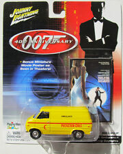 JAMES BOND 007 40TH ANNIV. THE LIVING DAYLIGHTS CHEVY VAN RED CRESCENT AMBULANCE