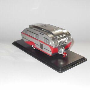 Neo Model 47260 Aero Flite Falcon Caravan Travel Trailer 1947 Silver Red Stripes