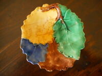 Antique Etruscan Majolica Leaf Plate Brown Green Yellow Blue discolored apx 7""