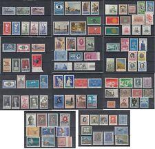 lot de timbres  Italie Italia neufs **