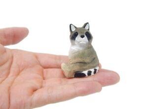 Raccoon Figurine Decor Wood Statue Sculpture Art Miniature Carving Forest