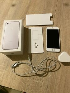 Apple iPhone 7 - 32GB - Silver (Unlocked) A1778 (GSM) With Box