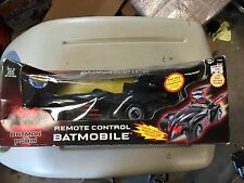 NIB Kenner KB Toys Exclusive Batman Robin Remote Control Batmobile