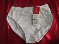 Triumph Cotton Lace Comfort Max - Größe 40 - weiß - Slip - NEU - lingerie -