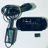 PSP 1000 8 GB DE MEMORIA MAS 1000 JUEGOS Y EMLUADORES CARGADOR ORIGINAL
