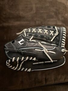 "Louisville Slugger Black Leather 13.5"" RHT Glove w/ Xtra Soft Lining DYN1350"