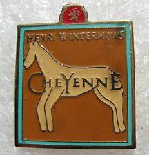 Pin's Henri Wintermans CHEYENNE avec un cheval  Réf:1702