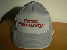 CAP VINTAGE FIRST SECURITY CLASSIC MESH BACK SNAP BACK TRUCKERS CAP QUALITY LOGO