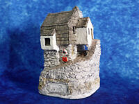 LILLIPUT LANE Fisherman's Cottage Cornwall Miniature Masterpieces Model Ornament