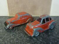 2x VINTAGE 1940's/1950's DIE-CAST TOY RED SALOON CARS OPEN BODIES