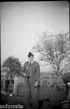 Jeune homme militaire clairon - Ancien négatif photo an. 1940 50