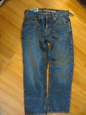 Womans 29 x 30 Old Navy famous jeans size 6.  NWT.