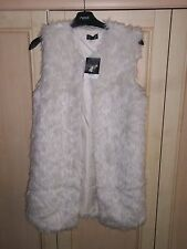 BNWT TOPSHOP CREAM FAUX FUR SLEEVELESS JACKET GILET SIZE 6 RRP £65