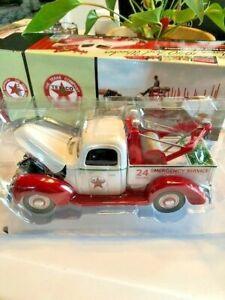 Texaco 1940 Ford Wrecker 1:18 Scale Die-Cast Model #3