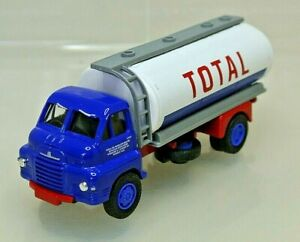 Lledo Vanguard VA 7003 Bedford S Type Tanker Total Oil Limited Edition Scale1:64