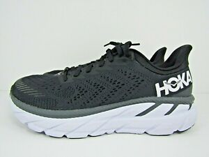 WOMEN'S HOKA ONE CLIFTON 7 size 10  ! RUNNING SHOES ! WORN LESS THAN 3 MILES!