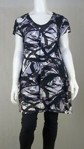 Sara Fashion Patterned Tunic Top 2X by Reluv Clothing