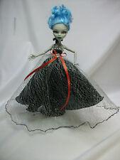Vêtements satisfaisantes pour Monster High,
