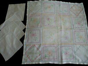 Vintage Embroidery Linen Set of Tablecloth & 4 Napkins