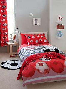 2 PIECE FOOTBALL RED COTTON BLEND SINGLE DUVET COVER & CURTAINS