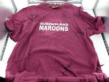 .QLD STATE OF ORIGIN / MAROONS SIGNED SUPPORTERS T-SHIRT. 5 SIGNATURES