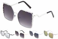 Wholesale 12 Pair Women Fashion Butterfly Sunglasses with Deco Design