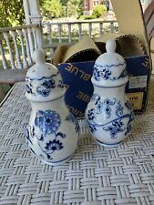 BLUE DANUBE BLUE ONION SALT & PEPPER SHAKERS w/ box