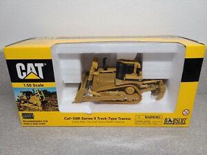 Caterpillar Cat D8R Series II Dozer with Ripper - Norscot 1:50 Scale #55099