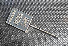Sammeln & Seltenes Man Anstecknadel Europa Silbern Lackiert 23x12mm