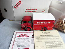 1-24 SCALE DANBURY MINT 1955 BUDWEISER DELIVERY TRUCK W/ PAPER WORK