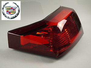 2003 - 2007 CADILLAC CTS  TAILLIGHT BRAKE LAMP ASSEMBLY  RIGHT 10010606020B OEM