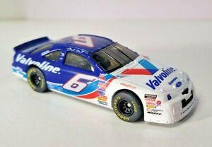 Hot Wheels NASCAR #6 Mark Martin Valvoline Ford Thunderbird 1/64 Scale (Loose)