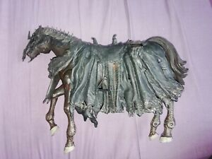 LORD OF THE RINGS - MOUTH OF SAURON ARMOURED HORSE lotr  action figure pony