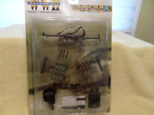 DRAGON 1/6 SCALE MP40/ AMMO POUCHES on card