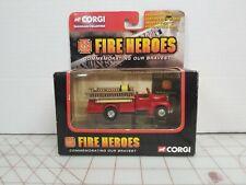 CORGI-SHOWCASE COLLECTION-FIRE HEROES-1953 MACK B OPEN PUMPER-CS90046
