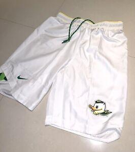 Nike Oregon Ducks Vapor Elite White Green Dri-Fit Team Issued Football Shorts M