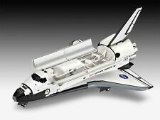 Revell 04544 Space Shuttle Atlantis