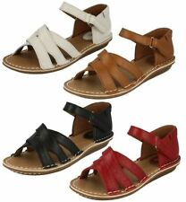 Clarks Wide (E) Strappy Sandals & Beach Shoes for Women