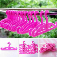 20 X Plastic Hangers For Doll Dress Clothes ACCESSORIES G5L1 Mixed H1U2