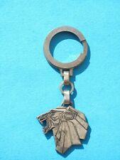 Porte-clés en métal argenté années 70 , estampillé Peugeot 104 , automobilia