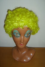 Corto Y Rizado Peluca Payaso Circo Afro Discoteca Amarillo Mens damas Fancy Dress Costume