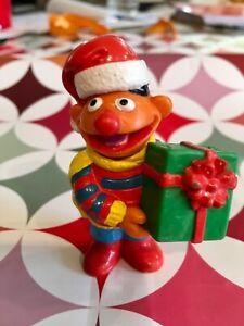 Rare Vintage Sesame Street Ernie Muppets PVC Figure w/ Christmas Gift, Applause