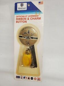 Vtg ribbon charm button NFL Football New Orleans Saints Team Pin Who dat 1980s