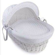 Moses Basket Kinder Valley white wicker dimple material
