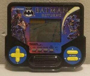 Batman Returns Tiger Handheld LCD Game 1992 WORKS