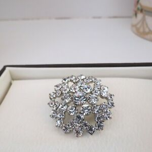 Vintage snowflake silver tone diamante brooch