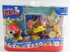 Littlest Pet Shop Race About Ranch with white & brown ponies & blue-eyed kitty