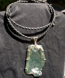 GREEN MOSS AGATE DESIGNER PENDANT WITH LEATHER ROPE & NO CLASP 1.6 OZ