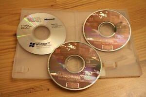 Microsoft Windows XP Media Center Edition 2005 In Case Genuine Rare OS mce
