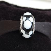 """Genuine Pandora Disney """"Classic Mickey"""" Murano Glass Charm - 791633 - retired"""
